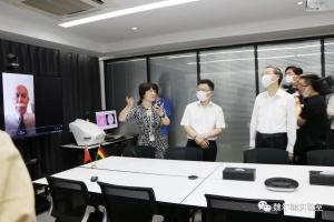 杭州市领导潘家玮、徐小林、胡伟莅临杭州魏尔啸实验室视察指导